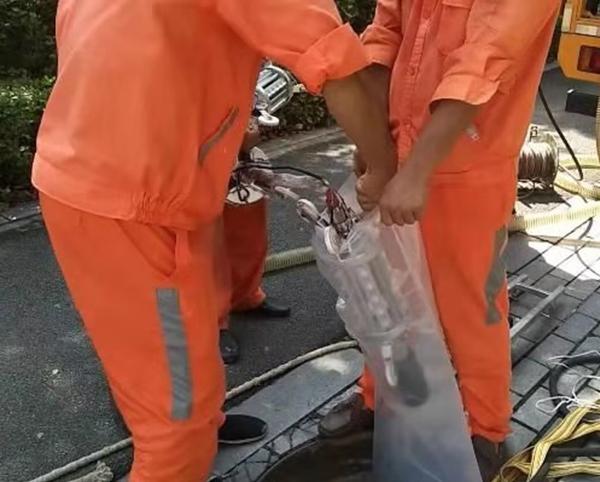 广东省广州市海幢片区管网缺陷修复.管道长度:198m 管径:DN300-400